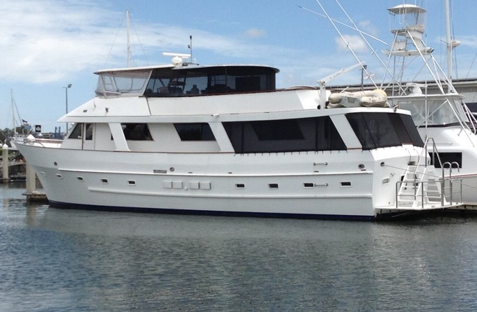 RANGER 72 LONG RANGE DISPLACEMENT MOTOR YACHT <br>SEDAN STYLE with Galley up - 4 cabins - completed refit 2019