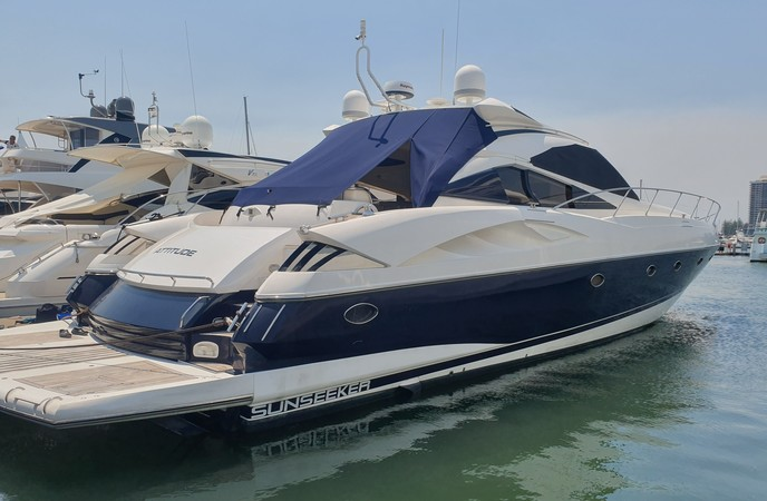 SUNSEEKER 68 PREDATOR 2003 model - Twin 1300 hp - 3 cabin