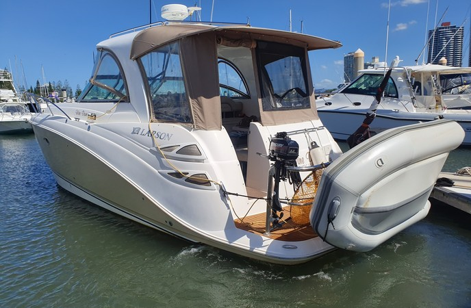 LARSON 350 CABRIO TWIN  DIESEL SPORTS CRUISER