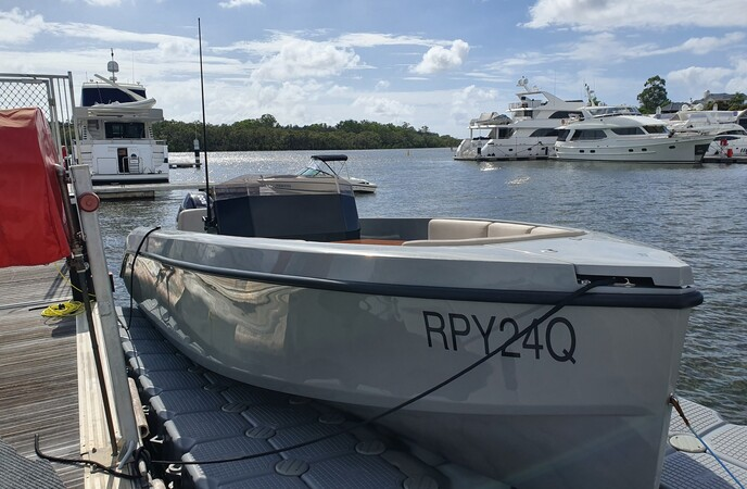 RAND 24 PLAY PLEASURE BOAT<br>walkaround - tour - runabout
