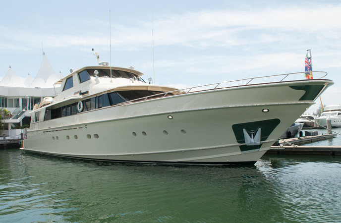 LLOYDS SHIP 34.M  MOTOR YACHT  SOUTHERN CROSS II