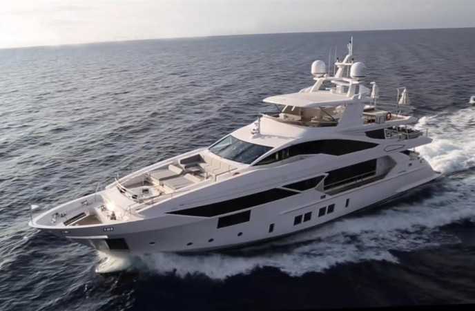 BENETTI MOTOR YACHT FLYBRIDGE - IRON MAN