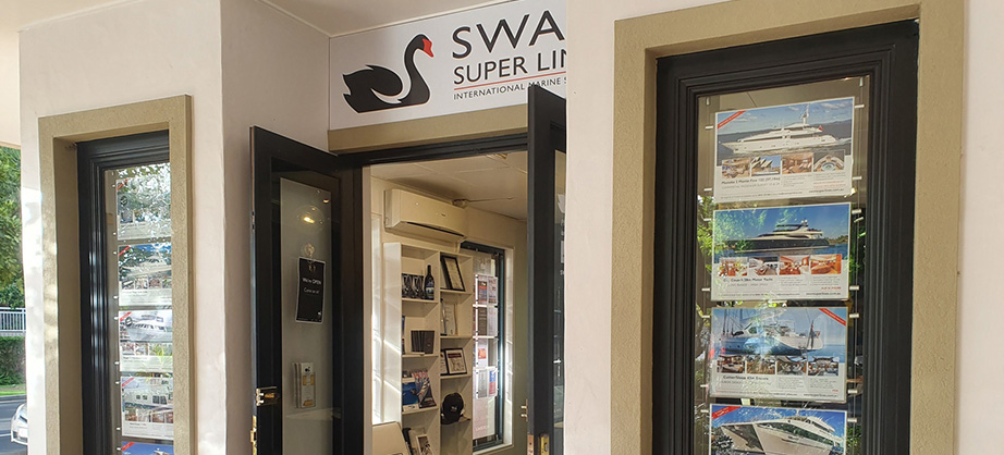 Swan Superlines Office